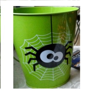 Halloween Green Tin Bucket